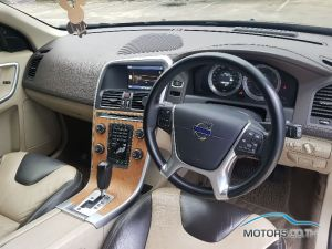 Secondhand VOLVO XC60 (2011)