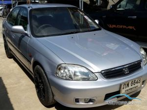 Secondhand HONDA CIVIC (2000)