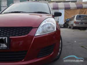 Secondhand SUZUKI SWIFT (2015)