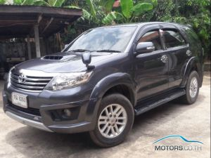 Secondhand TOYOTA FORTUNER (2012)