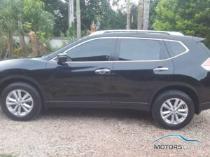Secondhand NISSAN X-TRAIL (2015)