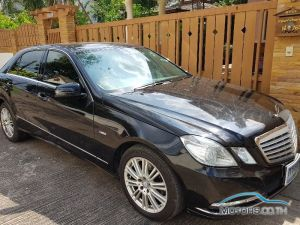 Secondhand MERCEDES-BENZ E200 CGI BLUEEFFICIENCY (2011)