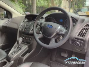 Secondhand FORD FOCUS (2015)