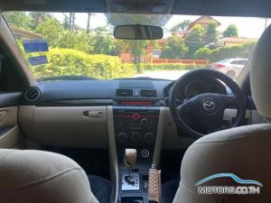 Secondhand MAZDA 3 (2011)