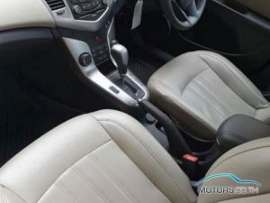 Secondhand CHEVROLET CRUZE (2012)