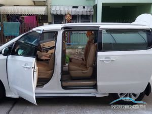Secondhand KIA GRAND CARNIVAL (2018)