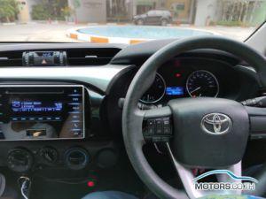 รถมือสอง, รถยนต์มือสอง TOYOTA HILUX REVO (2015)