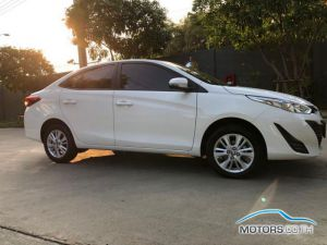 Secondhand TOYOTA YARIS ATIV (2019)