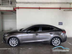 Secondhand MAZDA 3 (2015)